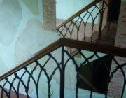 Декоративная штукатурка на лестнице,фото